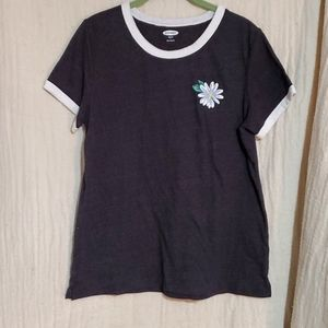 Old Navy Daisy T-shirt